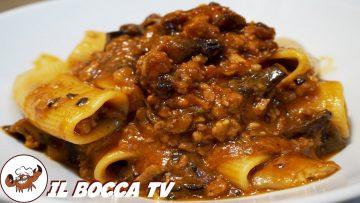 568-Pasta-funghi-e-salsiccia…come-accendere-una-miccia-primo-di-terra-gustoso-e-facile-attachment