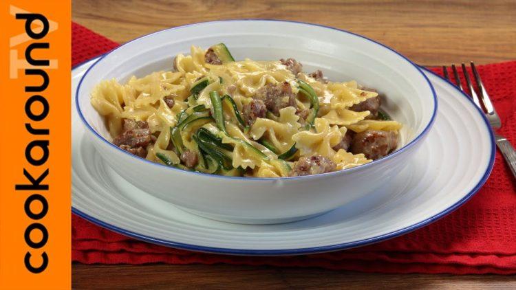 Pasta-panna-salsiccia-e-zucchine-attachment