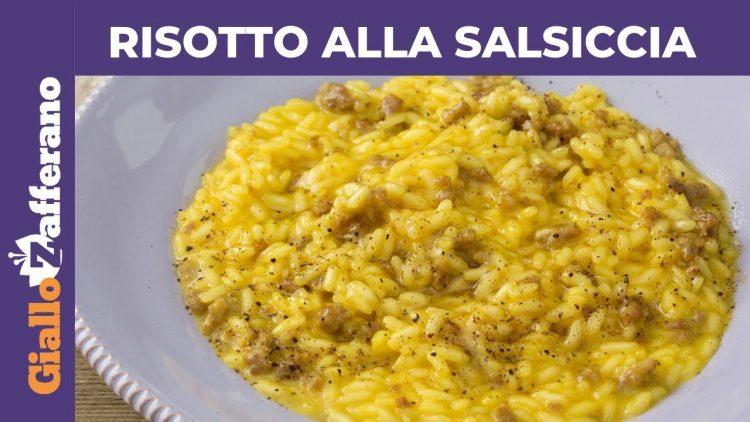 RISOTTO-ALLA-SALSICCIA-E-ZAFFERANO-Ricetta-facile-attachment
