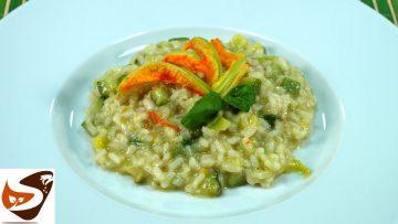 Risotto-con-zucchine-primo-piatto-facile-leggero-e-gustoso-attachment