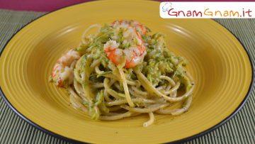 Bucatini-con-gamberoni-zucchine-e-pistacchio-Gnam-Gnam-attachment