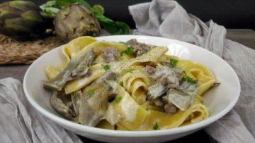 Pappardelle-cremose-con-carciofi-e-salsiccia-artichoke-and-sausage-pasta-attachment
