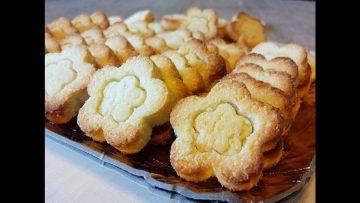 Biscotti-cocco-e-mandorle-Le-video-ricette-di-Lara-attachment