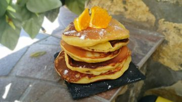 Pancake-con-lo-yogurt-pancake-ricetta-semplice-attachment
