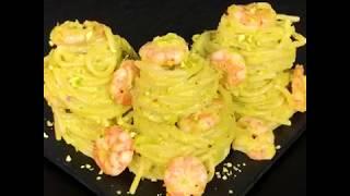Spaghetti-con-pesto-di-pistacchi-gamberetti-e-limone-Ricetta-Facile-by-al.ta_.cucina-attachment