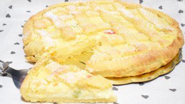 Crostata-alla-crema-di-ricotta-dolci-pasquali-pugliesi-con-ricotta-attachment