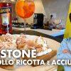 Crostone-con-fesa-di-pollo-acciughe-e-ricotta-al-limone-APERITIVO-A-CASA-attachment