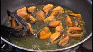 Linguine-alle-cozze-e-zafferano-attachment