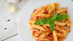 Pasta-Al-Tonno-Ricetta-Semplice-e-Veloce-Tuna-Pasta-Simple-and-Fast-Recipe-attachment