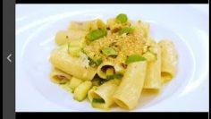 Ricette-Benedetta-Parodi-tortiglioni-con-zucchine-avocado-e-pistacchi-attachment