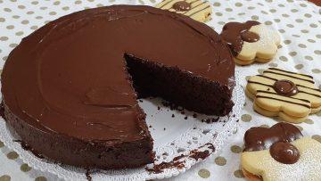 TORTA-AL-CIOCCOLATO-SPECIALE-MORBIDISSIMA-FATTA-A-MANO-IN-POCHI-MINUTI-YUMMY-MOIST-CHOCOLATE-CAKE-attachment