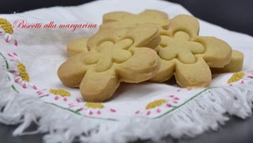 Biscotti-senza-uova-pronti-in-pochi-minuti.-Biscotti-alla-margarina-attachment