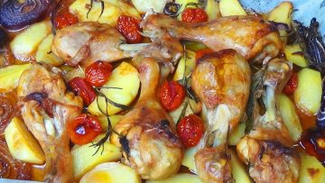 POLLO-AL-FORNO-CON-PATATE-UN-SECONDO-PIATTO-Gustoso-e-Appetitoso-attachment