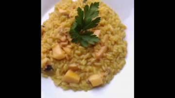 RISOTTO-CON-SEPPIA-ALLO-ZAFFERANO-attachment